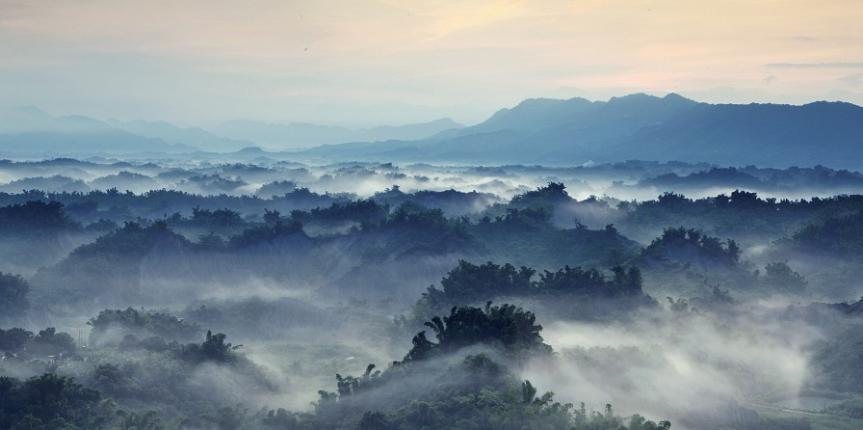 photodune-1109750-beautiful-fog-with-mountains-m SMALLER